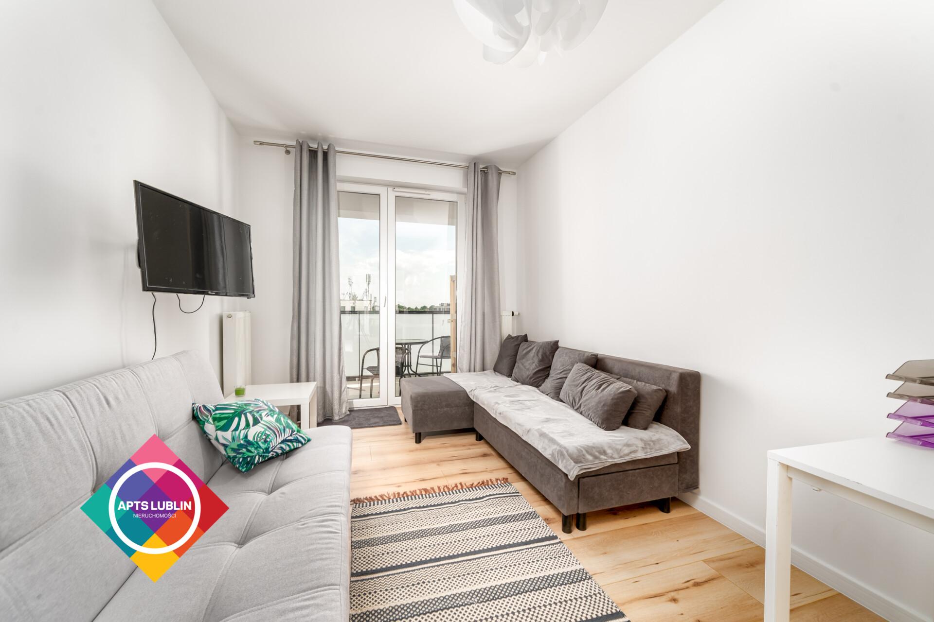 Nice 2-3 bedroom apartment located, close to MUL, VPU