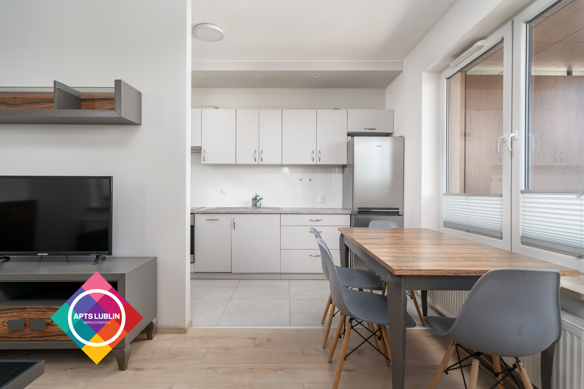 Nice 2 bedroom apartment for rent.